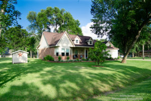 1026 Pony Lane, Simonton, TX – Valley Lodge